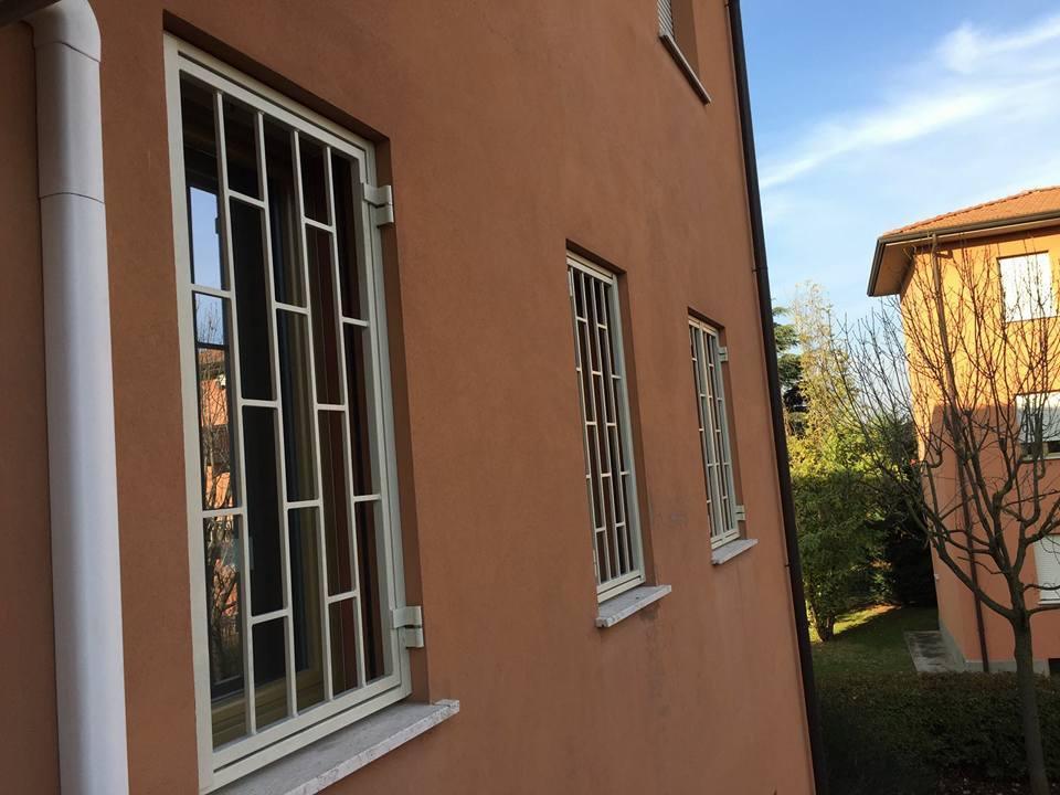 Inferriate a modena vendita e installazione base 2 for Immagini inferriate per finestre
