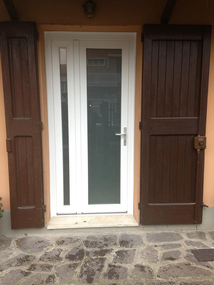 I nostri lavori base 2 serramenti - Costo di una porta finestra ...